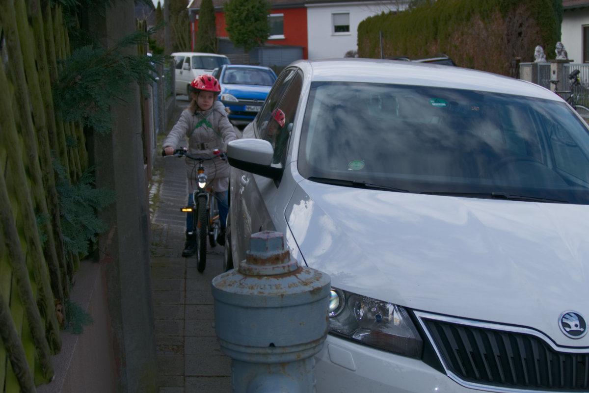 Wie lernen Kinder sicher Fahrrad fahren?