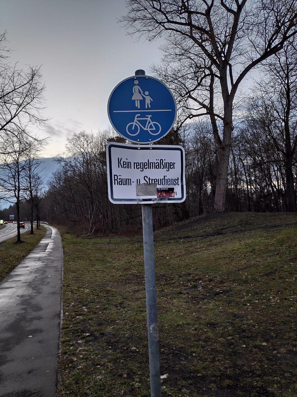Benutzungspflichtiger Radweg – ohne Winterdienst?